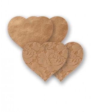 Бежевые кружевные пэстис-сердечки и пара гладких пэстис-сердечек